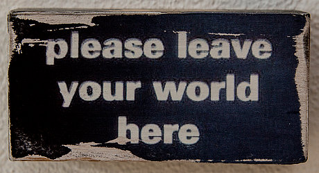 please leave your world here